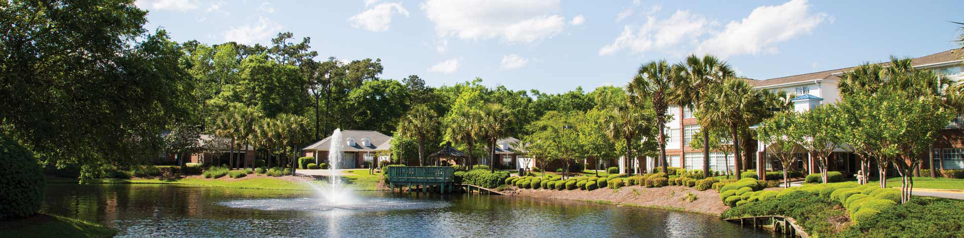 About Lakes at Litchfield Retirement Community