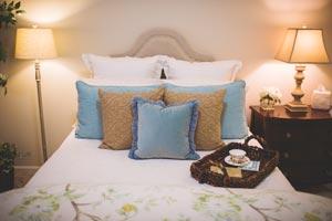 lightweight bedding